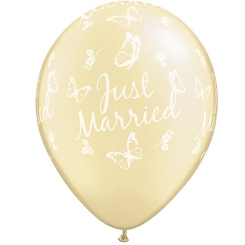 """Kāzu lateksa balons """"JUST MARRIED BUTTERFLIES"""" (30 cm)"""